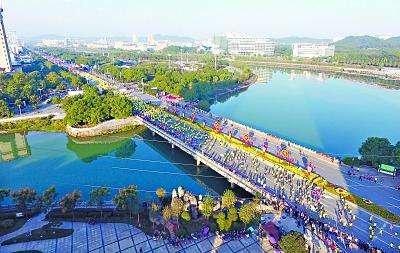 咸宁市领导调研咸马赛事路线时强调确保万无一失